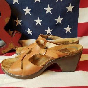 Dansko leather strap heeled sandals size 10